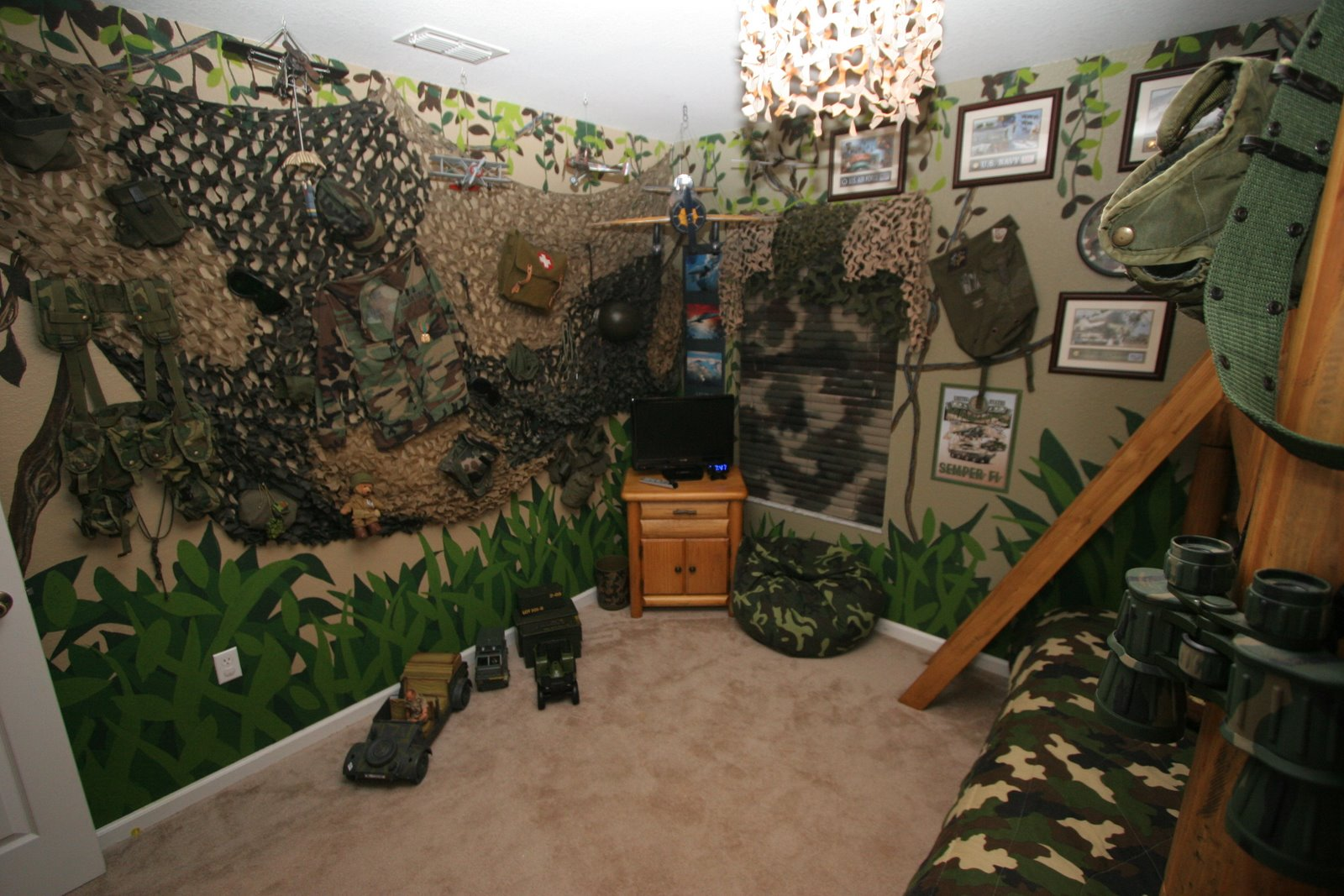 Camouflage bedroom  Camouflage Bedroom. Mossy Oak Bedroom Accessories. Home Design Ideas