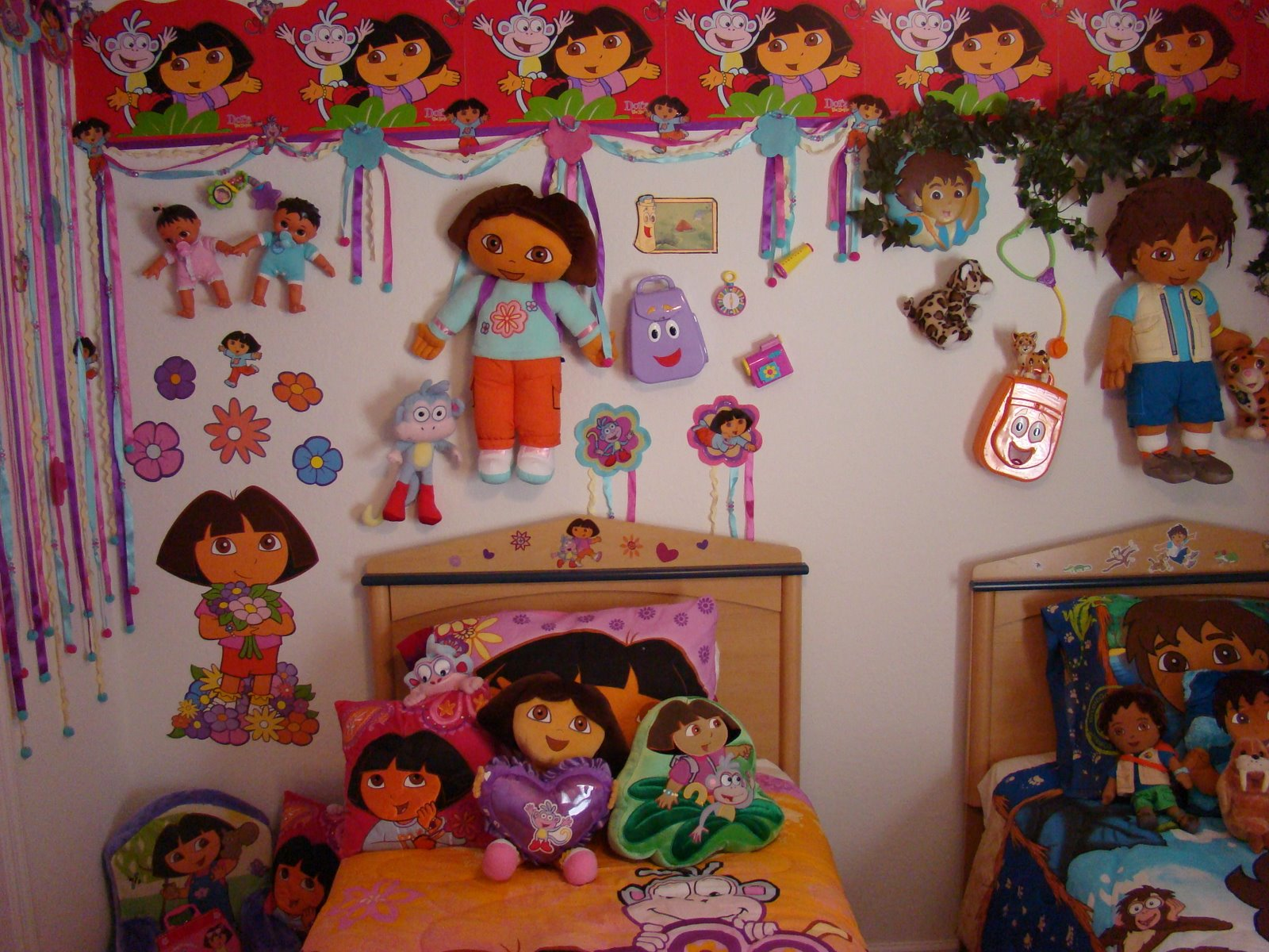 Dsny 5 for Dora themed bedroom designs