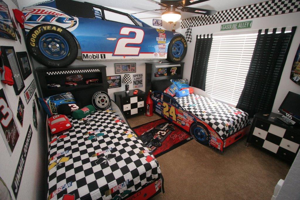 NASCAR Bedroom Decor  Nascar Bedroom Via Christine Crocini Quackenbush  NASCAR Bedding. Nascar Bedroom Furniture   PierPointSprings com
